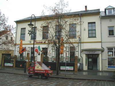 WERDERInsel-Palast.JPG